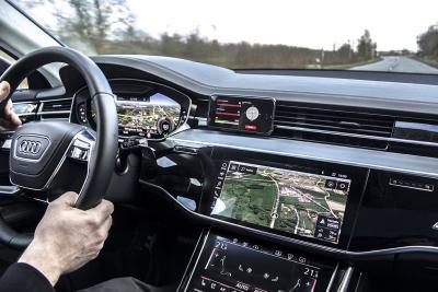 Volle Kontrolle aus dem Cockpit