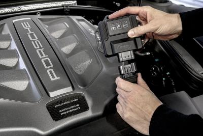PowerControl: tuning box pre Macan Turbo