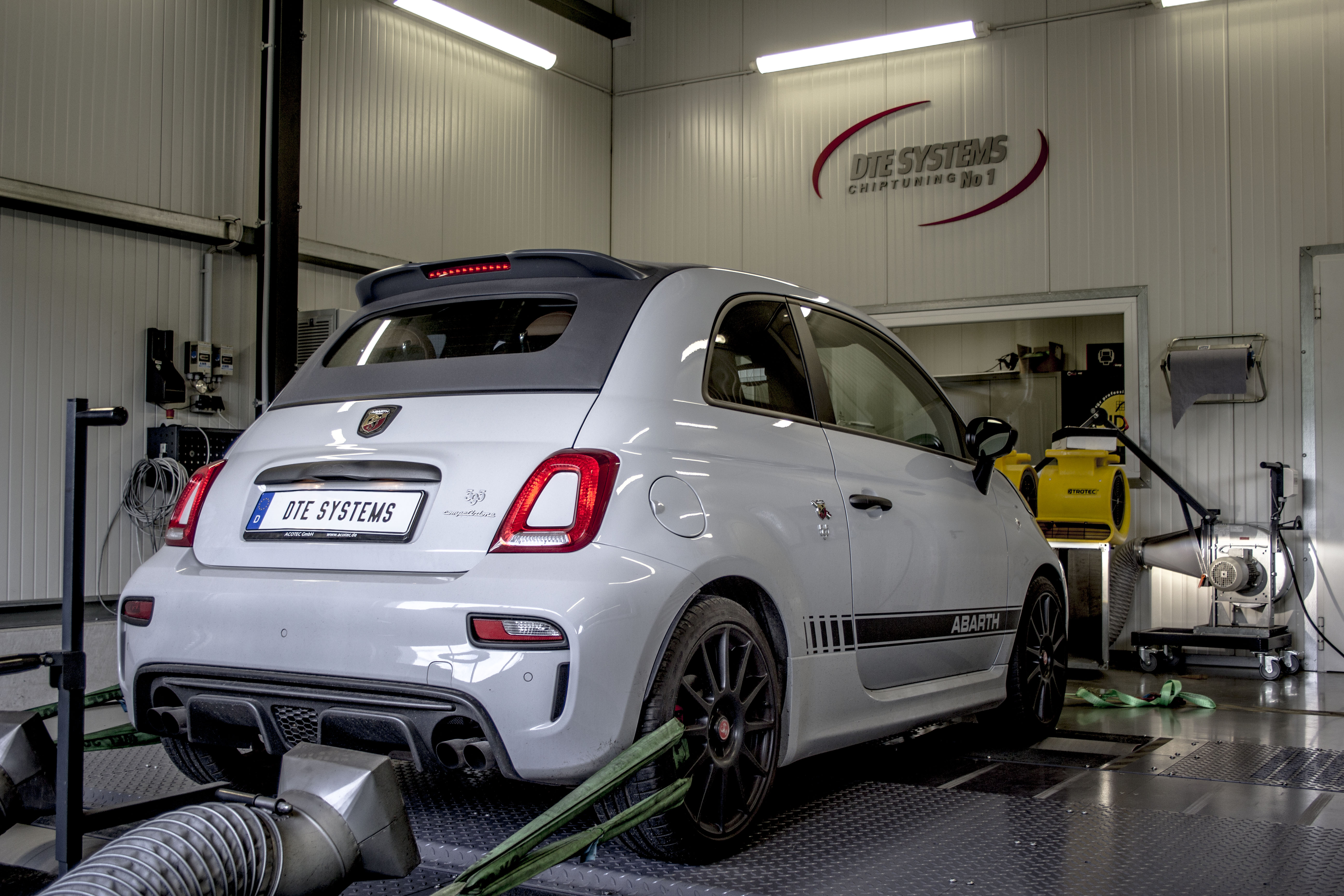 abarth 500 chip tuning. Black Bedroom Furniture Sets. Home Design Ideas